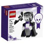 LEGO Creator Halloween Vampire and Bat Building Kit (150 Piece) $7.99