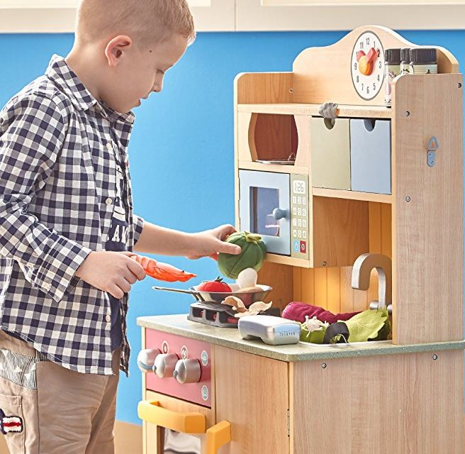 Phenomenal Teamson Kids Little Chef Wooden Toy Play Kitchen With Home Interior And Landscaping Mentranervesignezvosmurscom